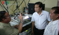 Cambodia receives radio transmitters from Vietnam