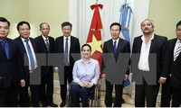 Senior Party official visits Argentina