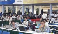 Foreign reporters praise Vietnam's APEC hosting