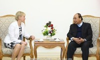 PM suggests holding events to mark 50th anniversary of Vietnam-Sweden diplomatic ties