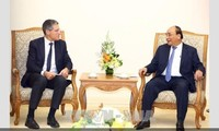 Vietnam expects potential project partners with advanced technology: PM
