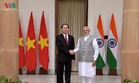 Vietnam, India value extensive development of bilateral ties