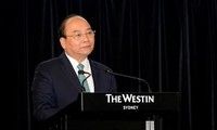 PM calls for more Australian investment into Vietnam