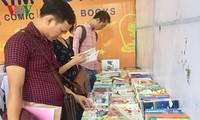 Da Nang opens 2nd book market session