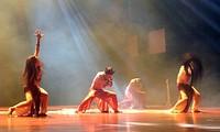 舞蹈界永不疲倦的翅膀——人民艺术家朱翠琼