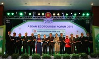 พิธีเปิดฟอรั่มการท่องเที่ยวเชิงนิเวศอาเซียน 2016 ณ ประเทศลาว