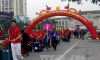 เยาวชนเวียดนามและจีนร่วมมือกันทำนุบำรุงความสัมพันธ์มิตรภาพระหว่างสองประเทศ