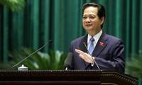 Interpelación de funcionarios del gobierno, en un Parlamento en renovación