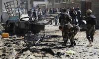 Talibán atacan aeropuerto capitalino y enclave militar de Estados Unidos en Afganistán