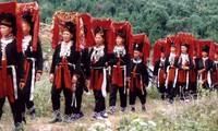 Los Dao preservan su identidad nacional