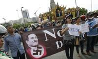 """Junta militar en Tailandia libera a cabecillas de los """"camisas rojas"""""""