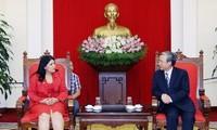 Agrupaciones juveniles de Vietnam y Cuba afianzan relaciones