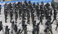 Junta Militar tailandesa moviliza soldados para repeler manifestaciones en Bangkok