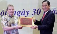 Recibe Vietnam reconocimiento de la UNESCO por textos reales