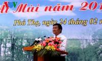 Inaugura Presidente de Vietnam festival primaveral de siembra de árboles