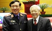 Máximo líder político de Vietnam se reúne con Inspección Gubernamental