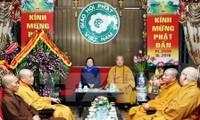 Felicitan a dignatarios budistas en aniversario 2559 del natalicio de Buda