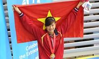 Deportistas vietnamitas baten récords de atletismo y natación en Juegos regionales