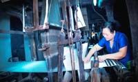 Nguyen Thi Tam, artesana busca enaltecer reputación de seda Ha Dong en el mundo