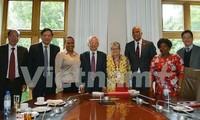 Vietnam y Sudáfrica profundizan cooperación sobre formación e investigación científica