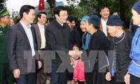 Presidente vietnamita inspecciona la aldea cultural y turística en Ha Giang