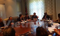 Parlamentos de Vietnam y Sudáfrica impulsan cooperación en asuntos exteriores
