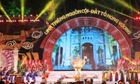 Adoración a los reyes Hung consolida la unidad nacional