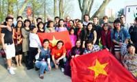Potencian fuerzas de vietnamitas en ultramar al desarrollo nacional en nueva fase