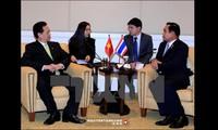 Debaten premieres vietnamita y tailandés medidas para impulsar cooperación bilateral
