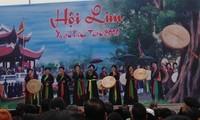 Miles de turistas participan en el Festival Lim de la provincia de Bac Ninh