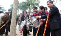 Vicepresidenta parlamentaria exhorta construcción de nuevo campo en Phuc Tho