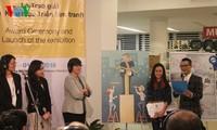 Entregan premios del Concurso de Caricatura sobre igualdad de género en Vietnam