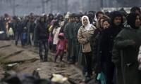 Grecia pospone reenviar a refugiados a Turquía