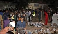 Pakistán persigue a autores del atentado en Lahore