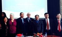 Partidos Comunistas de Vietnam y Estados Unidos estrechan cooperación bilateral