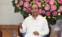 Premier vietnamita insta a elevar la eficacia de lucha contra cambio climático