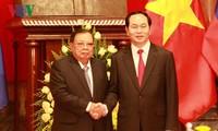 Considera Vietnam tesoro inapreciable las relaciones tradicionales con Laos