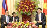 Máximo líder laosiano visita Ciudad Ho Chi Minh