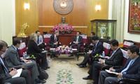 Vietnam y Estados Unidos robustecen relaciones bilaterales