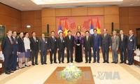 Vietnam y Laos se esfuerzan para fortalecer la cooperación multisectorial