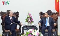 Primer ministro de Vietnam: Las empresas deben abanderar cooperación Vietnam-Estados-Unidos