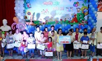 Hanoi celebra vibrantes actividades en respuesta al Día Internacional del Niño