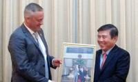 Ciudad Ho Chi Minh y Bulgaria fortalecen cooperación económica