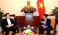 Vicepremier vietnamita recibe a embajador iraní