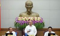 Vietnam determinado a cumplir metas socioeconómicas en últimos meses de 2016