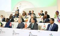 Presidente vietnamita finaliza visitas a países y asistencia a Cumbres de APEC y de la Francofonía