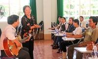 La aficionada y preservadora del arte tradicional del Sur de Vietnam