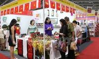 Vietnam asiste a Feria caritativa internacional en Indonesia
