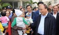 Primer ministro vietnamita pide crear más oportunidades de acceso a viviendas para personas pobres