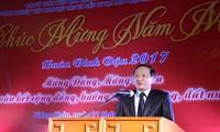 Órganos de representación de Vietnam en el exterior prestan atención a compatriotas